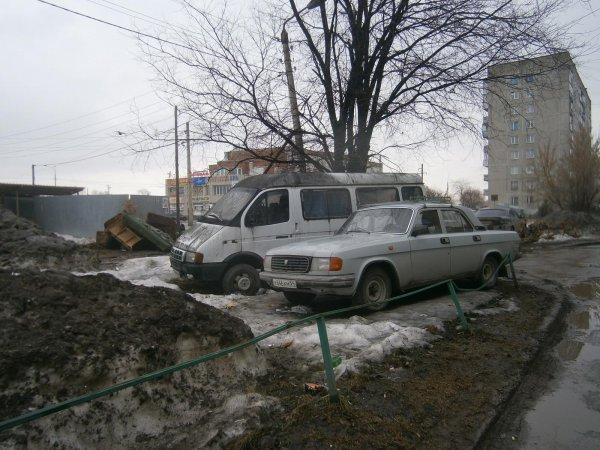 В Люблино вывезли 44 брошенных автомобиля