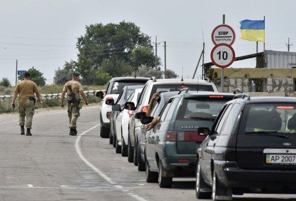 В Ростовской области на границе с Украиной появились заторы