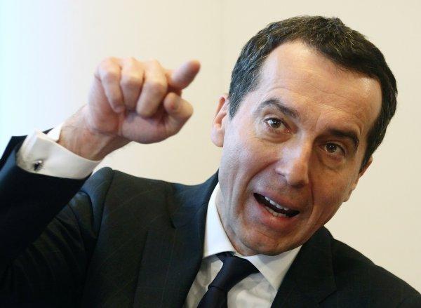 Экс-канцлер Австрии устроил разнос преемнику за нежелание наказывать Москву
