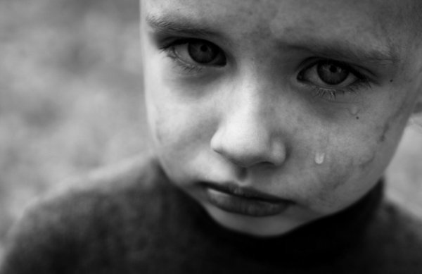В Петербурге мать с сожителем регулярно насиловала 7-летнего сына