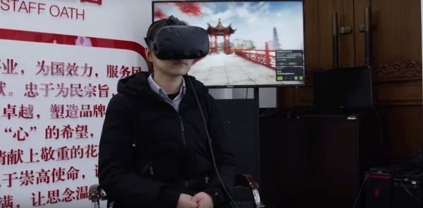 В Китае похоронное бюро показывает посетителям загробный мир через VR-симулятор