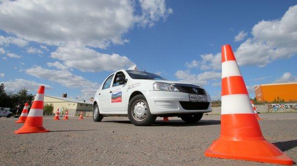 ГИБДД внесла изменения в систему обучения водителей после замечаний Минздрава
