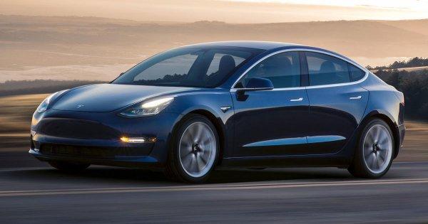 Tesla предствит полноприводную Model 3 уже в июле 2018 года