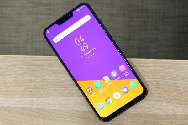 У нового смартфона LG G7 появилась фирменная «монобровь» iPhone X