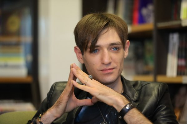 Экстрасенс Александр Шепс разговаривал с духом Илоны Новоселовой