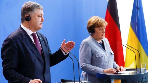 Хвастун Порошенко: Украинский президент попался на вранье Ангеле Меркель