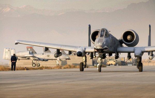 СМИ: Самолёты разведки США прибыли на Крит
