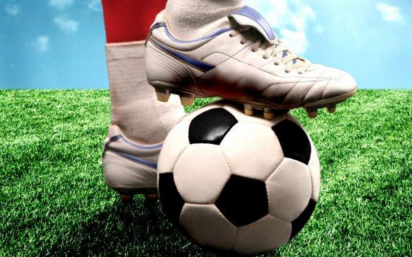 Сборная РФ по футболу обновила свой антирекорд в рейтинге ФИФА