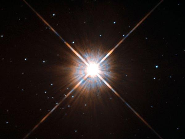 Учёные заметили мощнейшую вспышку звезды Проксима Центавра