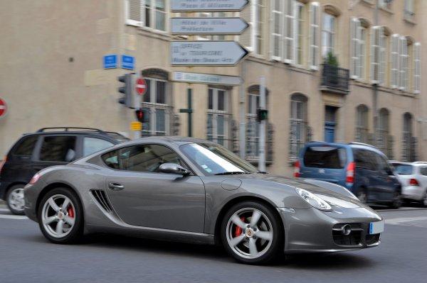 Mercedes-AMG выпустит конкурента Porsche Cayman