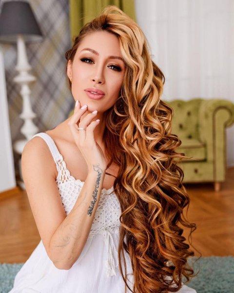 Алена Ашмарина впечатлила подписчиков своим подросшим животиком