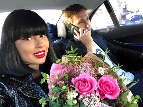Звезда шоу «Дом-2» Нелли Ермолаева советует любить себя в любом состоянии