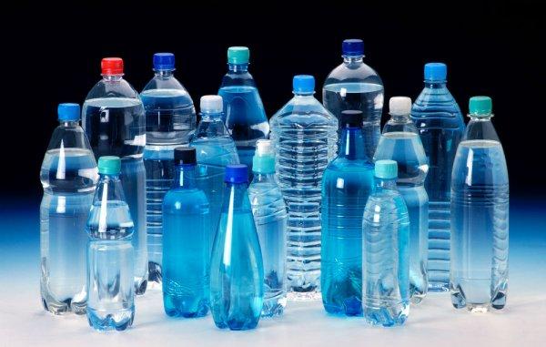 Ученые создали мутантов, которые едят пластиковые бутылки