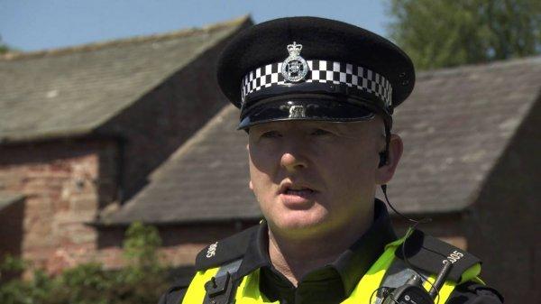 В Уэльсе полиция поймала наркоторговца по отпечатку пальца в WhatsApp