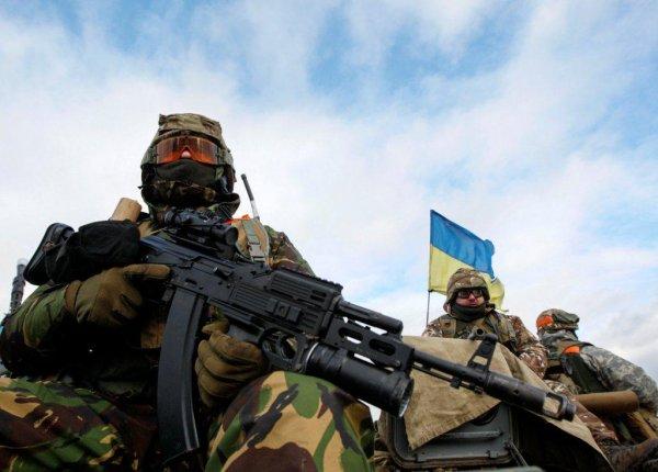 Политологи предрекли провал Порошенко, если офицеры ВСУ вернутся в Крым