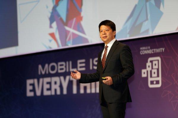 Huawei представила смартфон с поддержкой 5G-сети