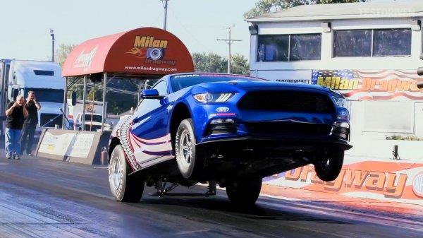 Представлен юбилейный Ford Mustang Cobra Jet