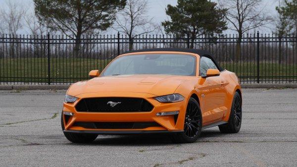 Текущее поколение Ford Mustang получит гибридную версию к 2020 году