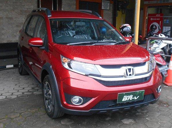 В Индонезии представлен новый семиместный кроссовер Honda BR-V