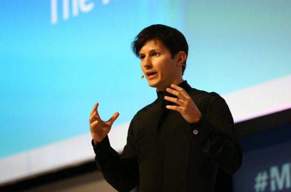 """Павел Дуров увидел в блокировке Telegram сходство с фильмом """"300 спартанцев"""""""