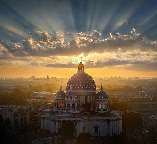 В РПЦ ответили на предложение Порошенко создать «независимую украинскую церковь»