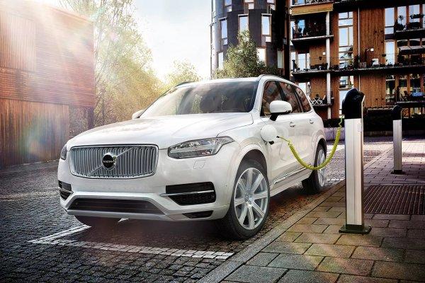 Модели Volvo и Mercedes-Benz получат общие моторы