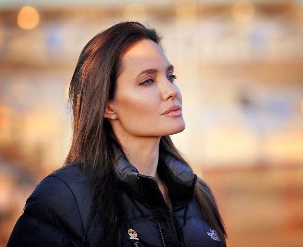 Анджелина Джоли пришла в бешенство, узнав о новом романе Брэда Питта