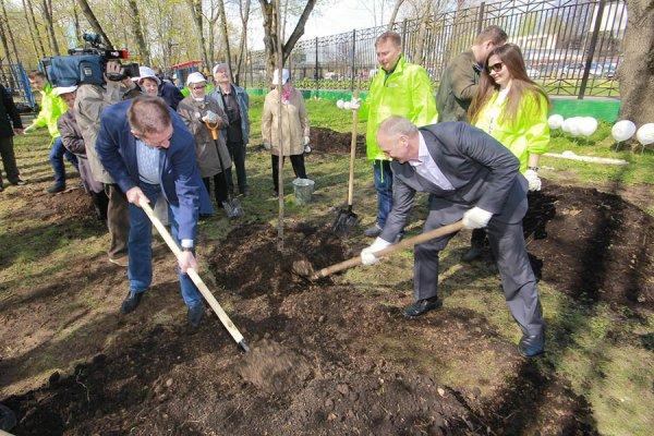Сергей Собянин пригласил москвичей принять участие в акции «Миллион деревьев»