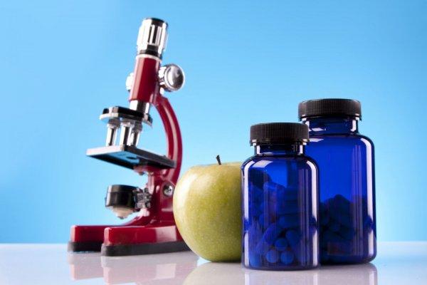 Диетологи назвали 9 продуктов, которые нельзя употреблять перед сном