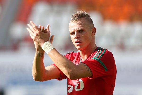 Футболист Дмитрий Тарасов потерял вкус женской красоты