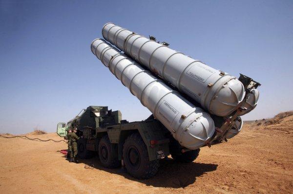 СМИ о рассказали о безвозмездной передаче С-300 в Сирию