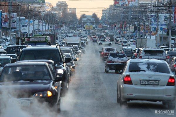 В Липецке образовалась пробка из-за ДТП с Audi и Lexus
