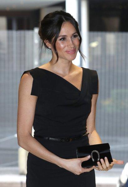 Будущая жена принца Гарри Меган Маркл восхитила элегантным нарядом