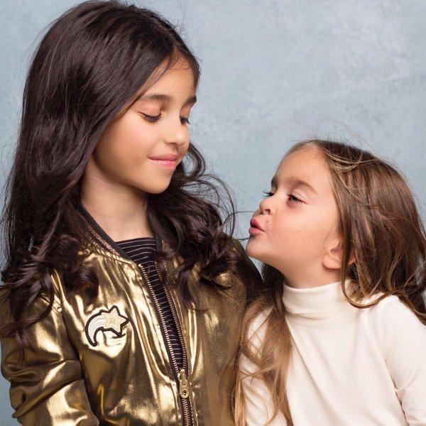 Александр Ревва нашел своих дочерей в цветной капусте
