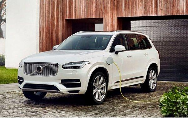 К 2025 году половину продаж Volvo составят электрокары