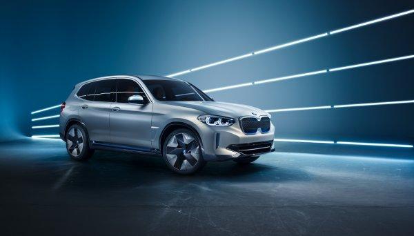 BMW представил электрический кроссовер Concept iX3 в Пекине