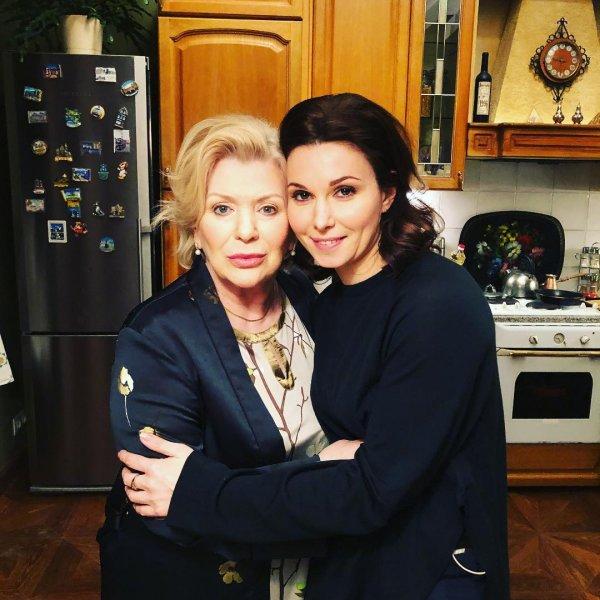 В Сети появился снимок помолодевшей 79-летней Галины Польских