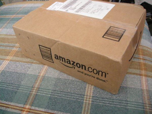 Amazon начал доставлять товары в припаркованные автомобили