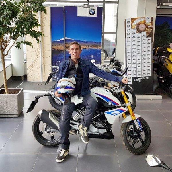 Алексей Панин купил мотоцикл BMW
