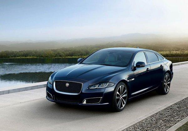 Седан Jaguar XJ получил особую версию в честь 50-летия
