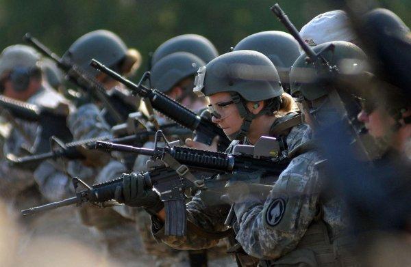 В США резко увеличилось количество сексуальных преступлений в армии