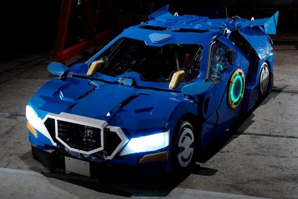 В Японии создали автомобиль-трансформер