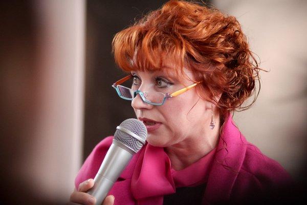 56-летняя Сябитова вызвала негативную реакцию заявлением об интимной пластике
