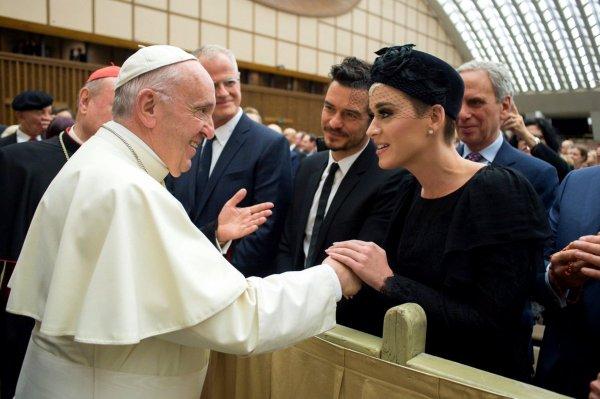 Кэти Перри и Орландо Блум совершили совместную поездку в Ватикан