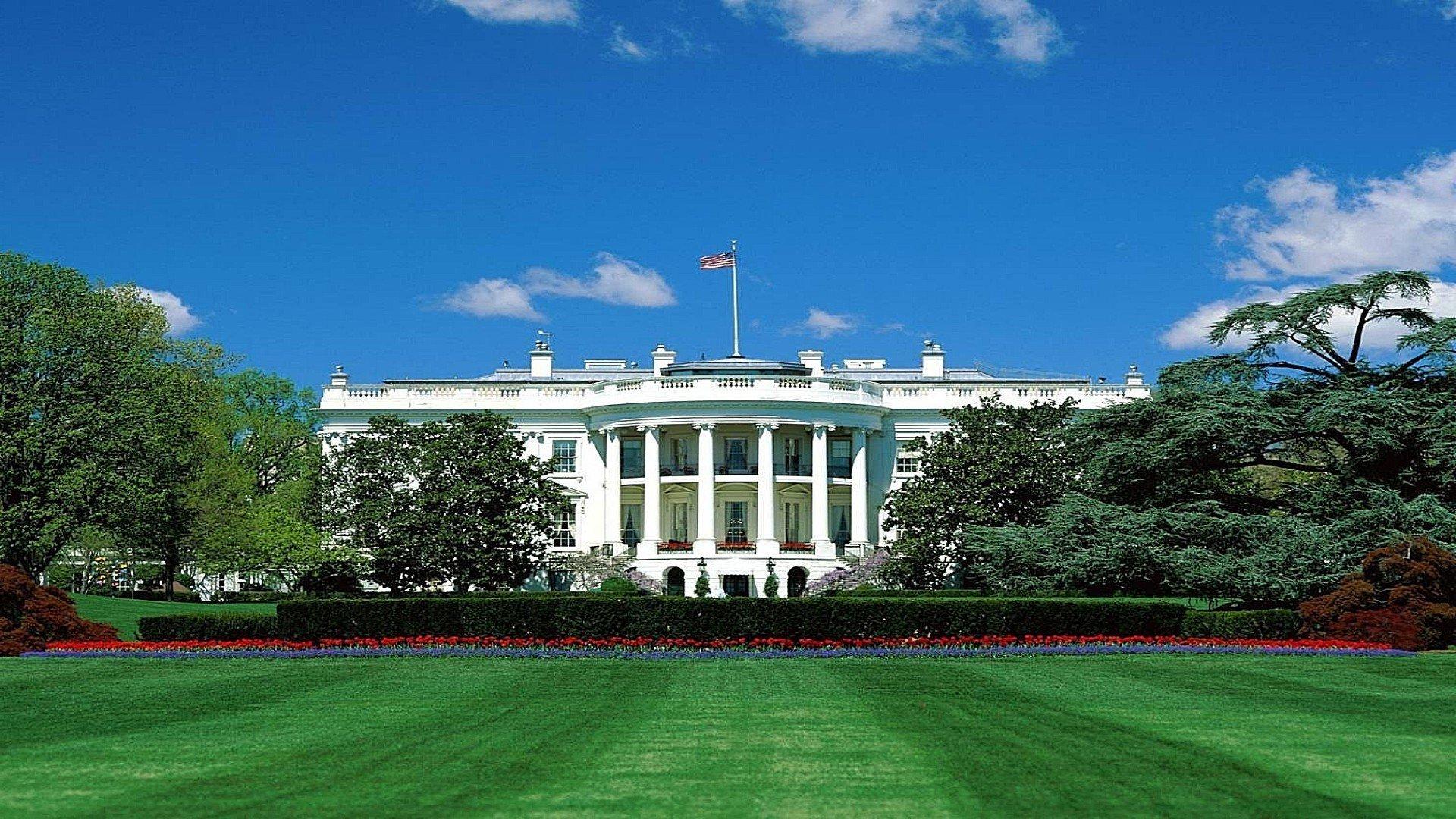 ВБелом доме строго прошлись поповедению американского президента: «Ненормальный Трамп»