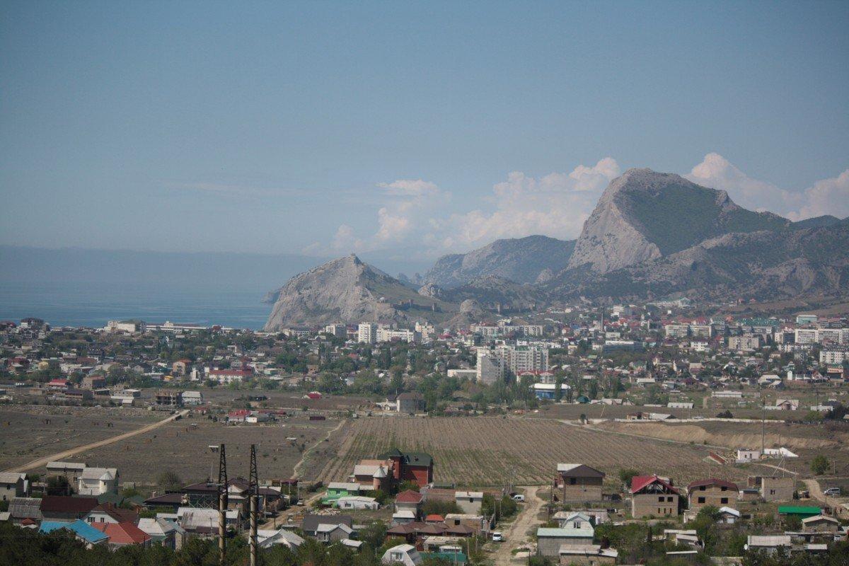 Власти Крыма посоветовали снизить налоги для санаториев игостиниц