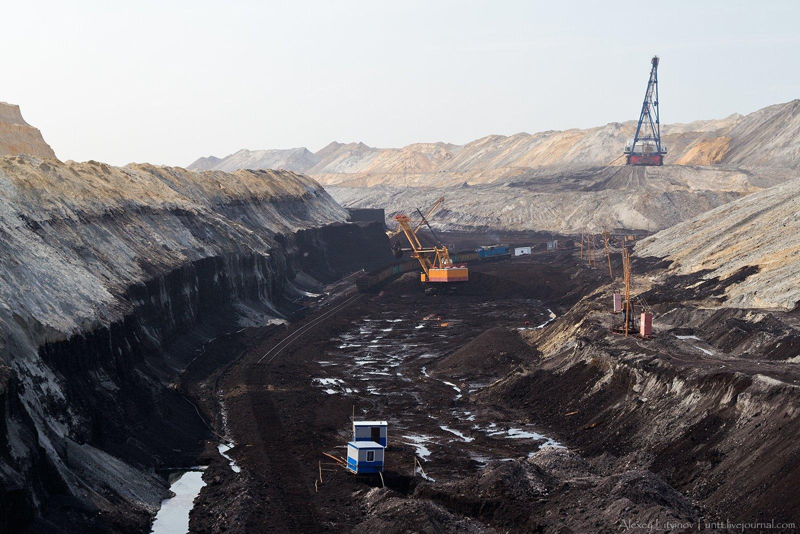 ВЗабайкалье полыхает крупнейший Харанорский угольный разрез