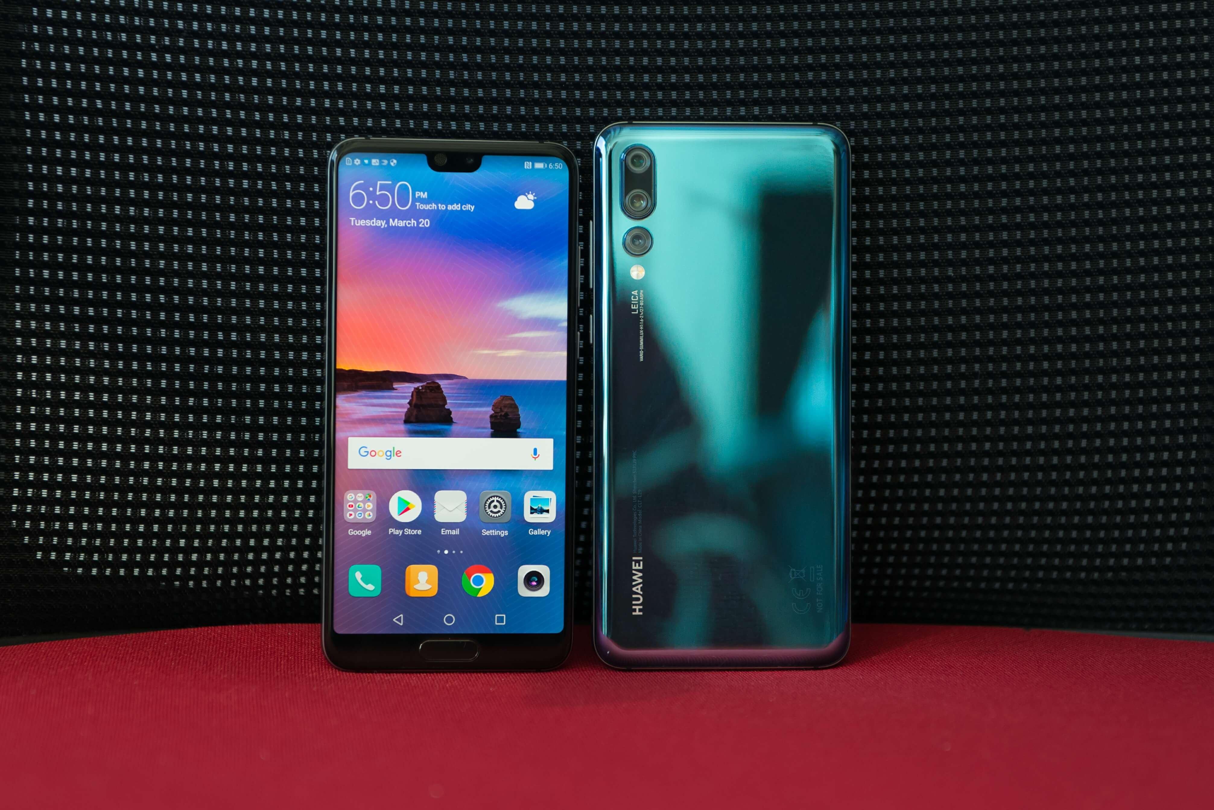 В Российской Федерации начали торговать Huawei P20 Pro вновом сумеречном цвете