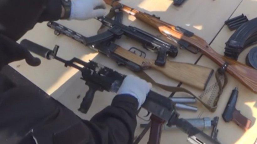 Арсенал оружия ибоеприпасов, принадлежащий сантехнику, найден в столице России