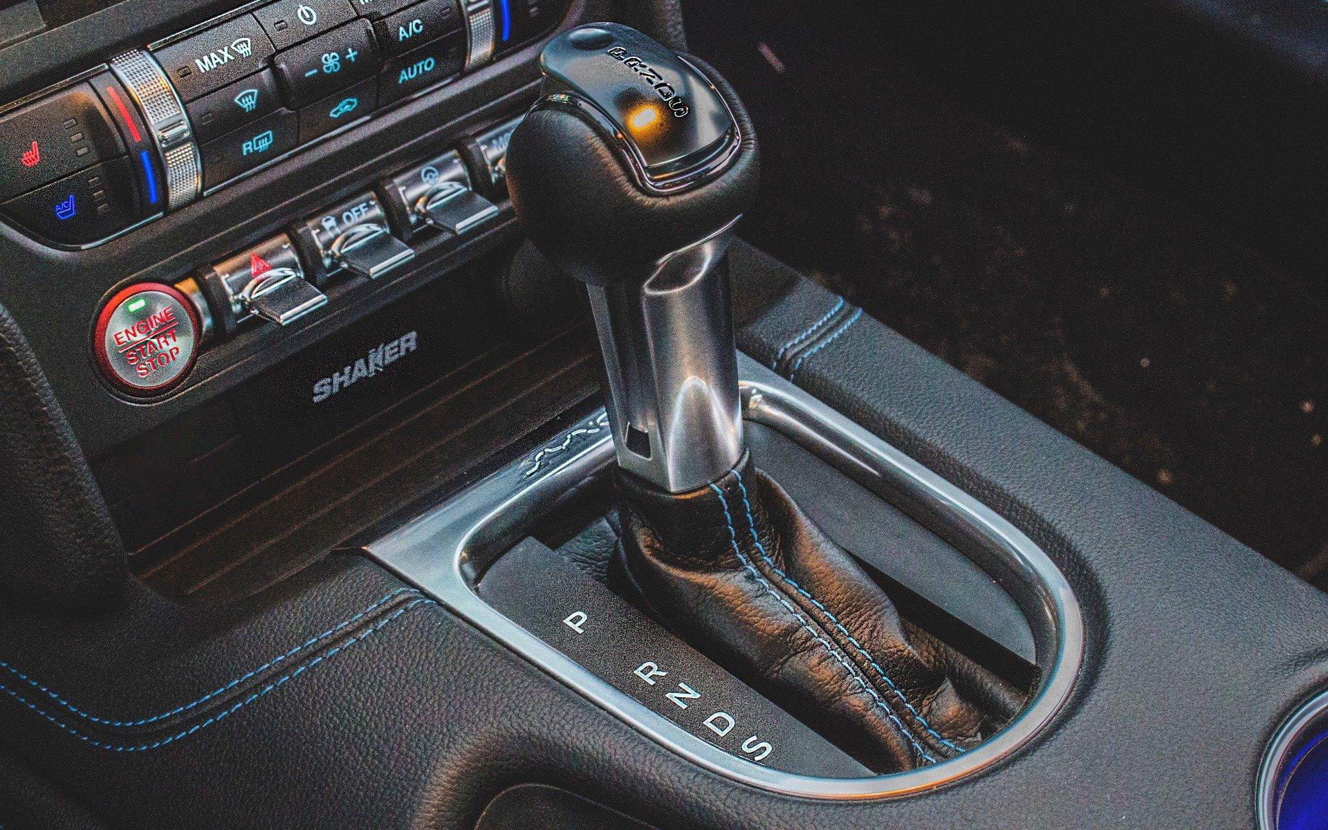 Форд обнародовала рекламное видео смаслкаром Форд Mustang 2018